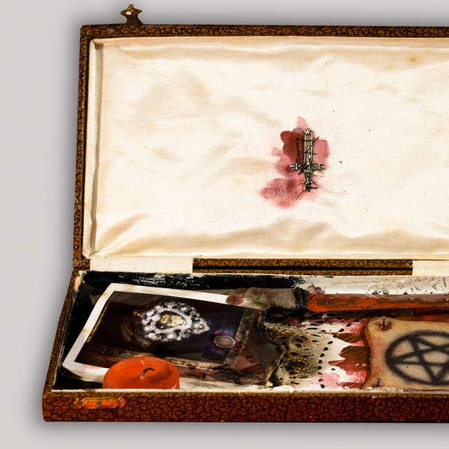 SECRET BOX  / Pelle tatuata - 1